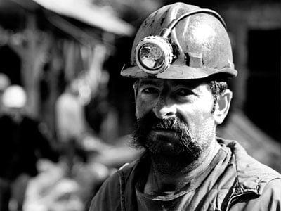 Materiales de partículas diesel exponen a mineros subterráneos a graves riesgos para la salud. 2