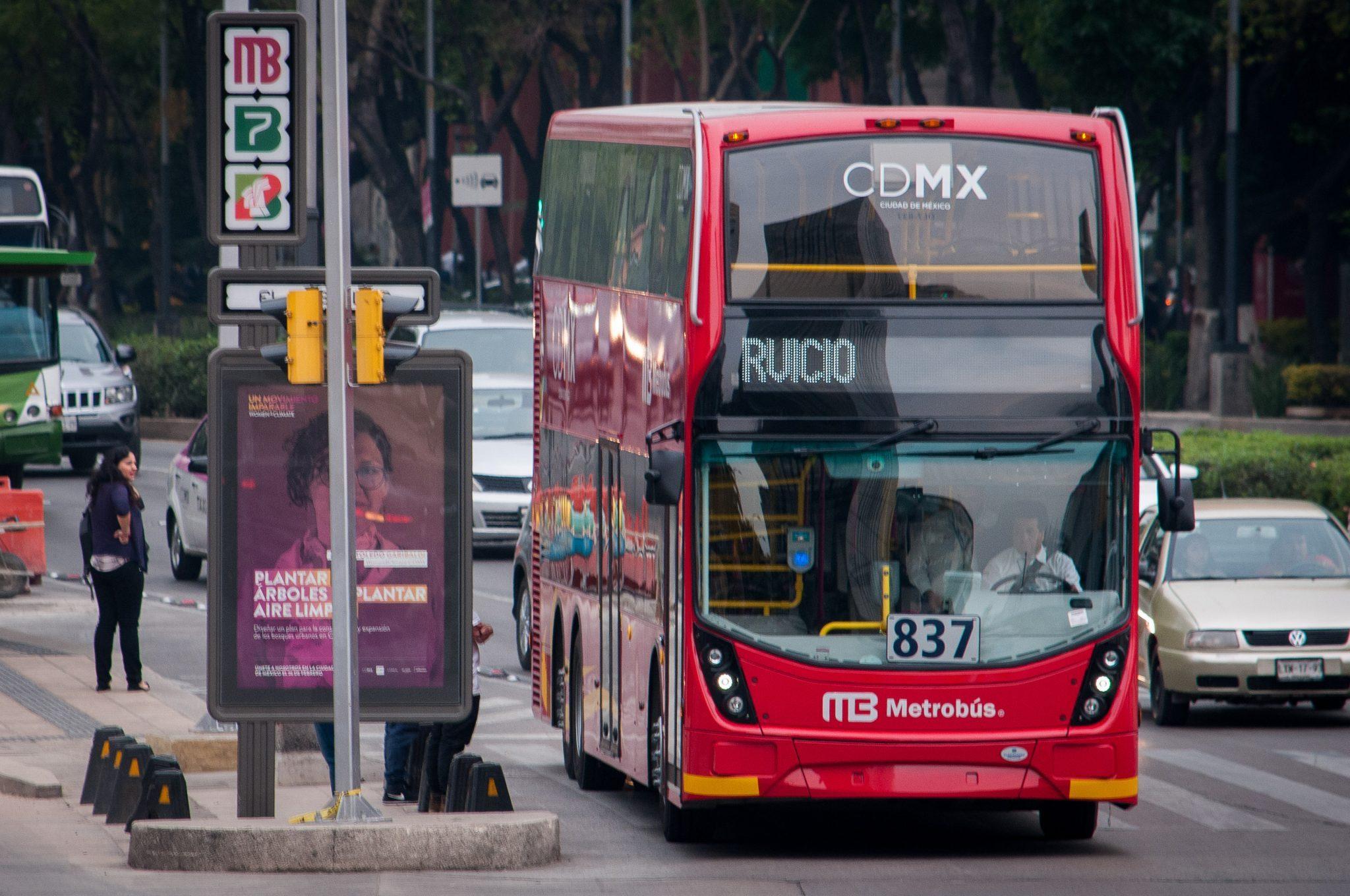 Autobuses de Línea 7 del Metrobús contaminan 99.7% menos 3